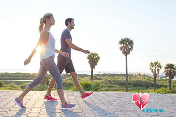 Đi bộ và tập thể dục thường xuyên 1
