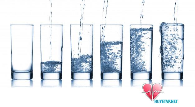 Tin được không?- Uống nước có thể giúp bạn hạ huyết áp 1