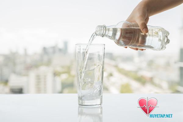Nên và không nên khi uống nước 1