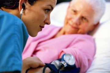Nguyên tắc điều trị tăng huyết áp ở người cao tuổi