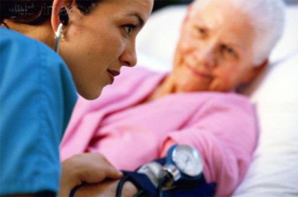 Nguyên tắc điều trị tăng huyết áp ở người cao tuổi 1