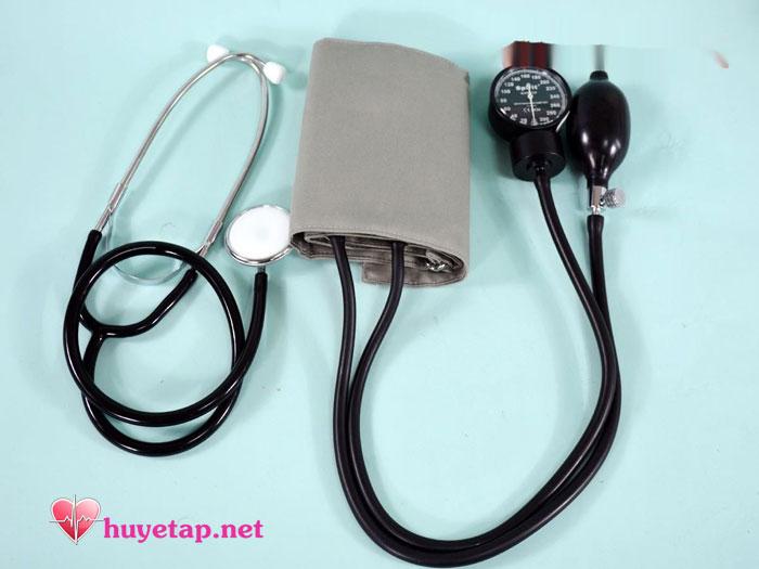 Máy đo huyết áp cơ 1