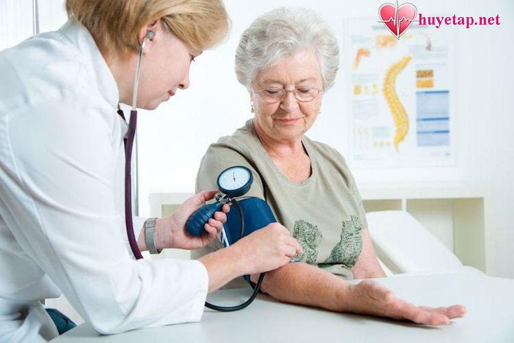 Những lưu ý khi đo huyết áp bằng máy đo huyết áp cơ 1